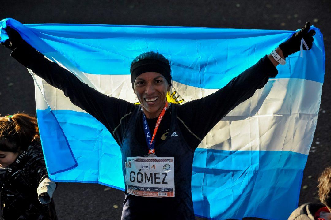 Marcela Gómez, la mejor argentina en los 21k 2