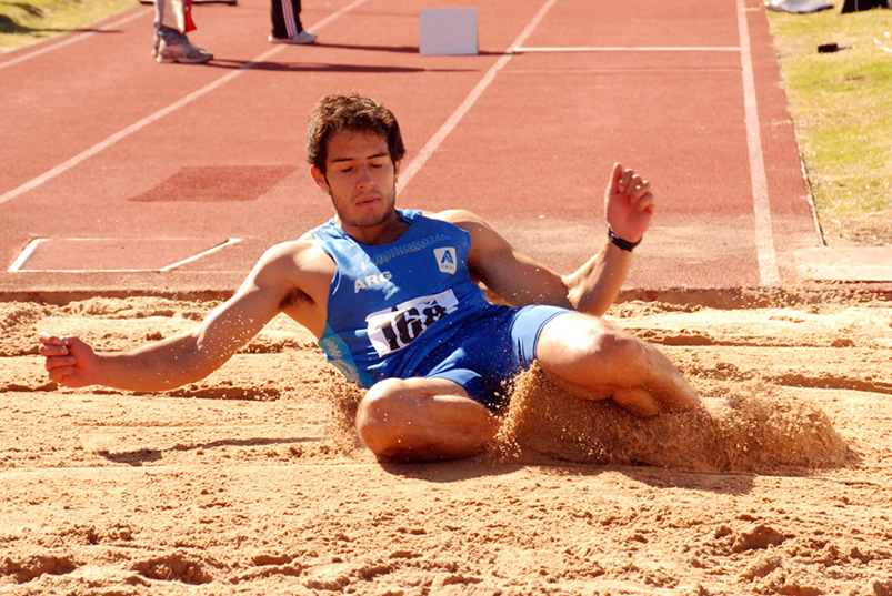 Díaz, otra vez sobre los 16 m en triple 3