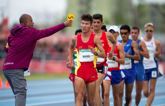 El ecuatoriano Oscar Patin dio el primer impacto 3